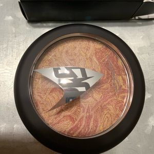MAC highlighter new in box!
